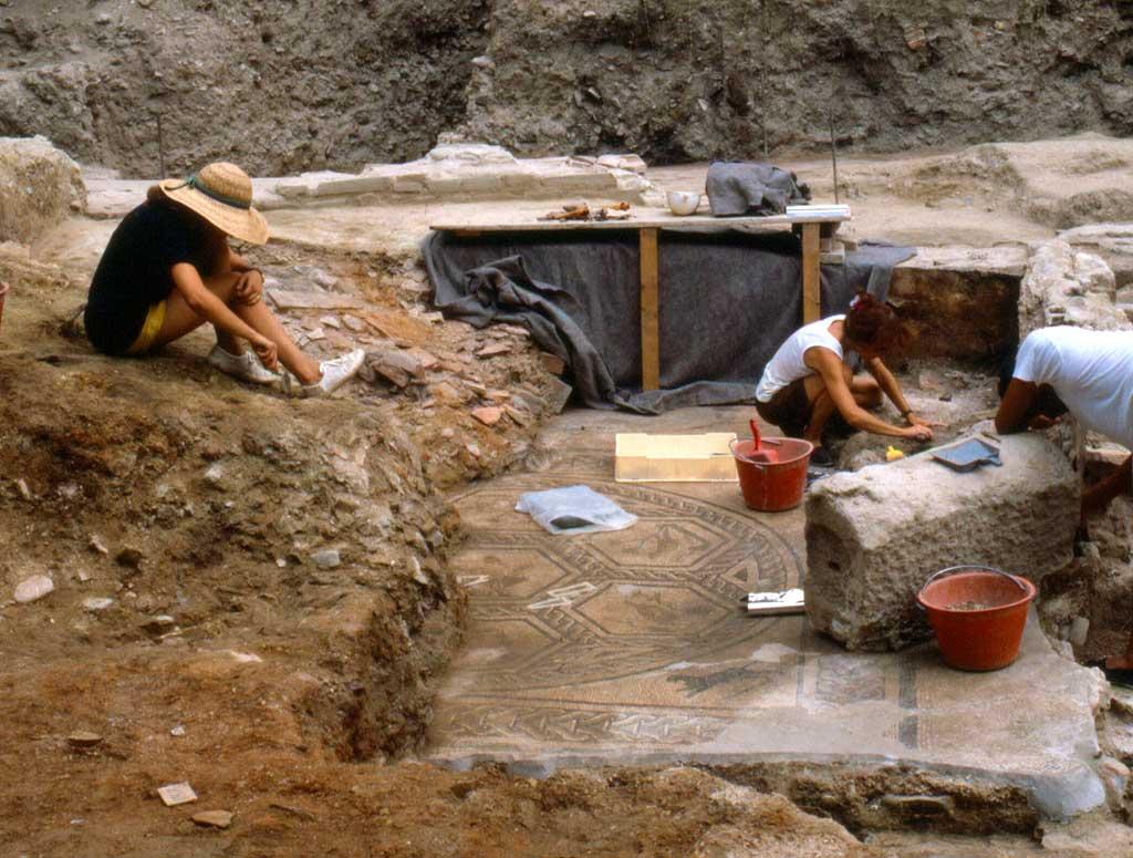 Archeologi_al_lavoro.1195719207