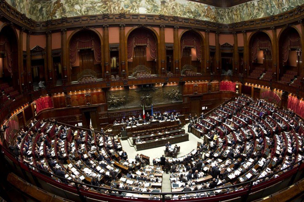 l43-camera-deputati-montecitorio-120522185812_big